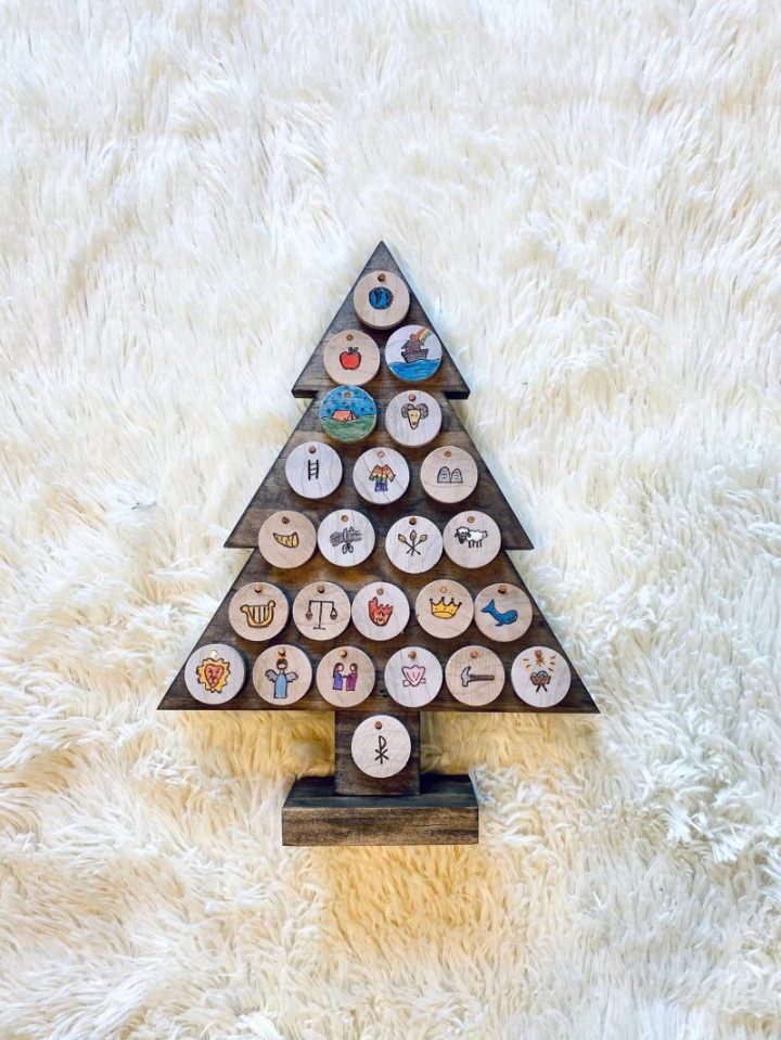 Gifts for advent season: A handmade Jesse Tree from Rosewood Sign